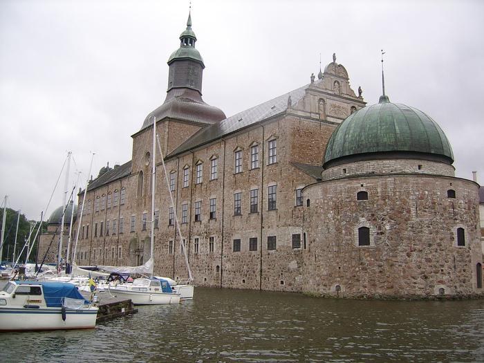 Замок Вадстена (Vadstena) и монастырь Святой Биргитты 98429