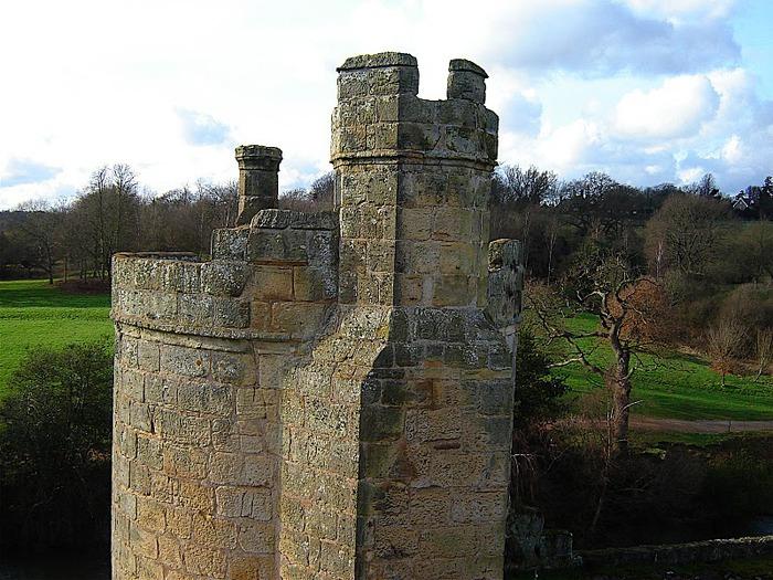 Замок Бодиам (Bodiam) - Графство Сассекс 96685