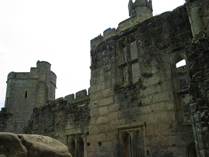 Замок Бодиам (Bodiam) - Графство Сассекс 66339