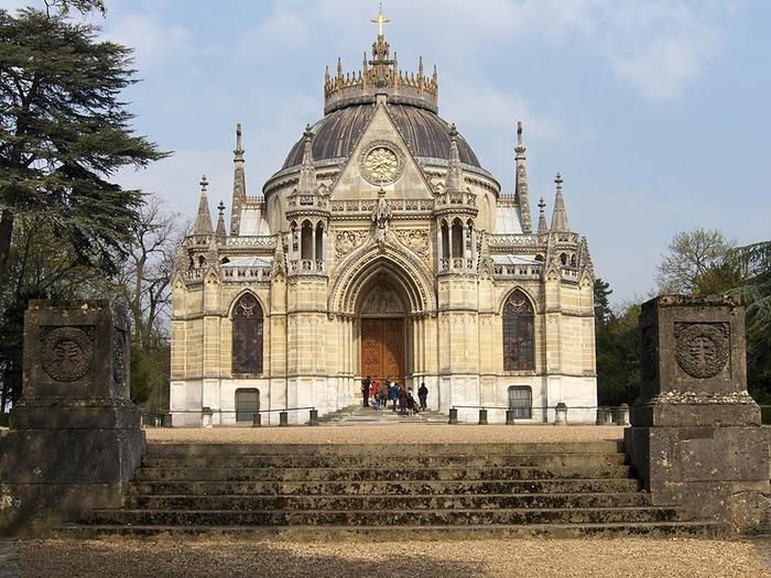 La chapelle royale de Dreux-Королевская капелла в Дрё 58369