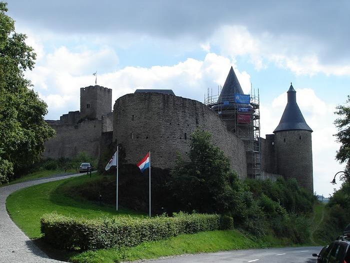 Le chateau de Bourscheid - ЗАМОК Буршейд 64631