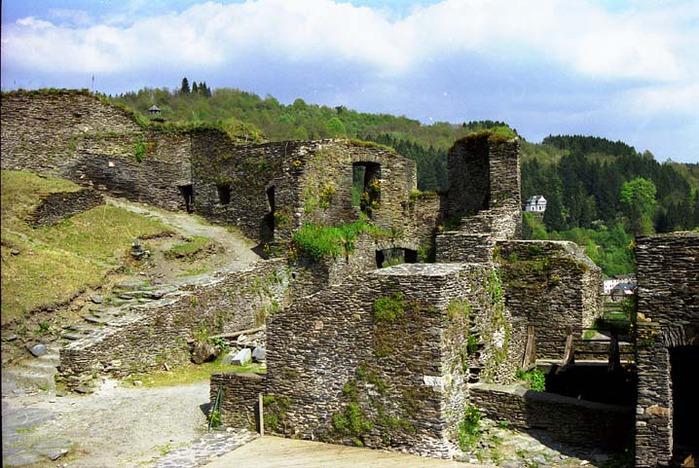 Ла Рош-эн-Арден (La Roche-en-Ardenne) 14017