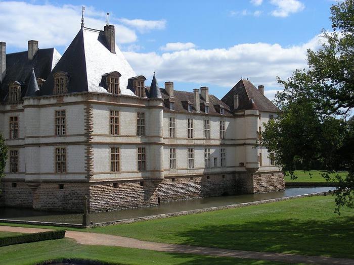 Замок де Корматэн -Chateau de Cormatin 65112