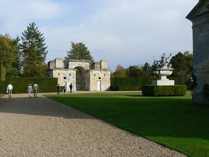 Замок Анэ 47322