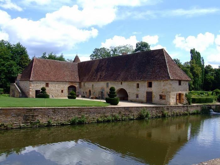 Замок де Корматэн -Chateau de Cormatin 52238