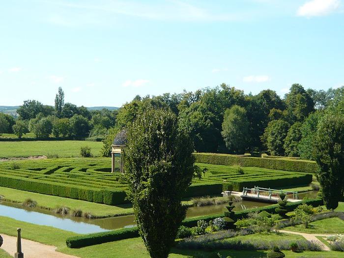 Замок де Корматэн -Chateau de Cormatin 30618