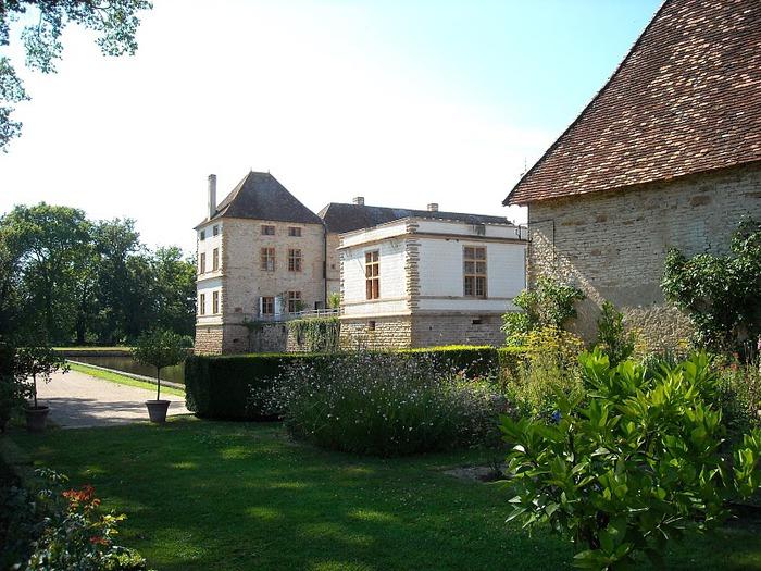 Замок де Корматэн -Chateau de Cormatin 32726