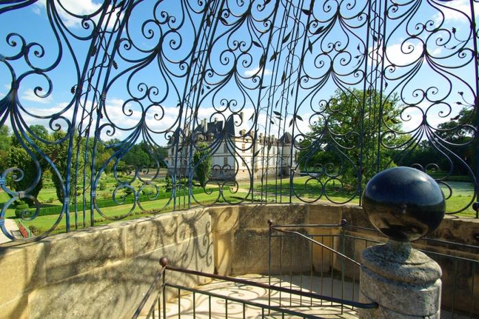 Замок де Корматэн -Chateau de Cormatin 78746