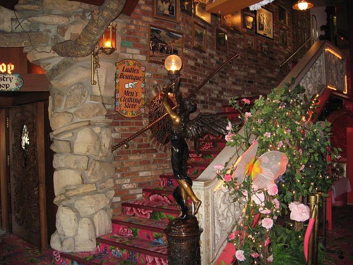 Отель Madonna Inn - Фантазии без границ 39423