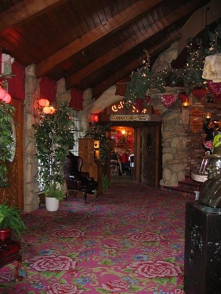 Отель Madonna Inn - Фантазии без границ 47132