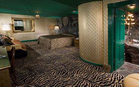 Отель Madonna Inn - Фантазии без границ 84127