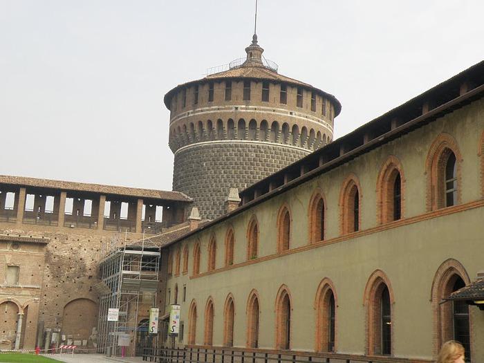 Замок Сфорца (Castello Sforzesco) 78447