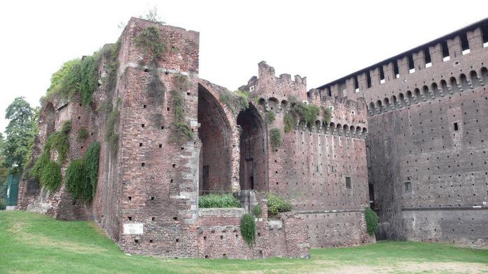 Замок Сфорца (Castello Sforzesco) 92635
