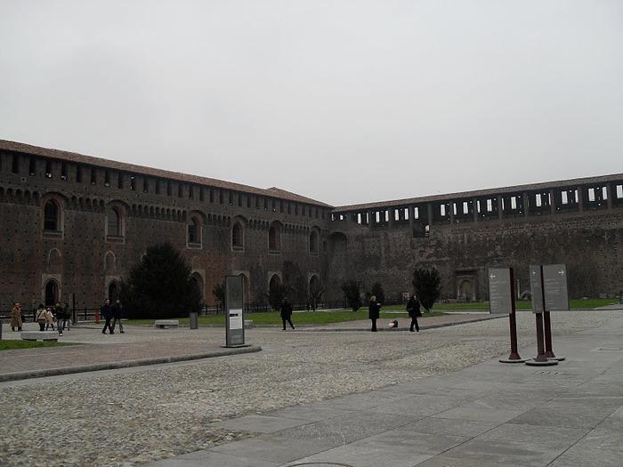 Замок Сфорца (Castello Sforzesco) 87561