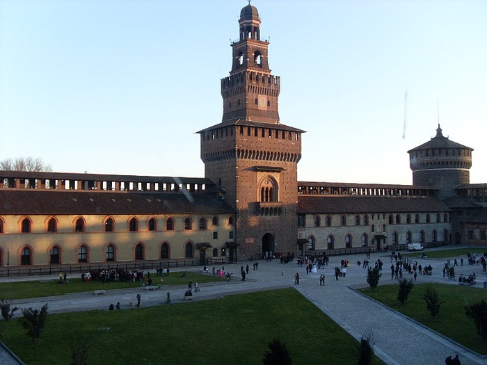 Замок Сфорца (Castello Sforzesco) 22059