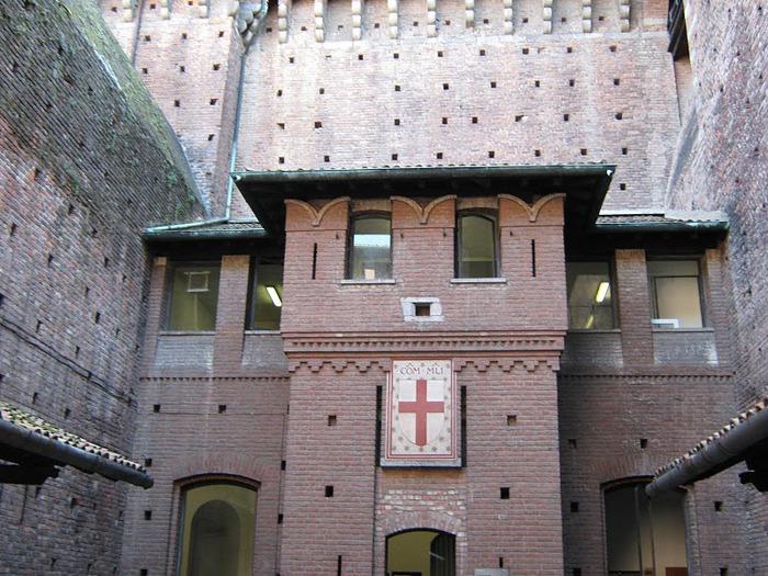 Замок Сфорца (Castello Sforzesco) 68785