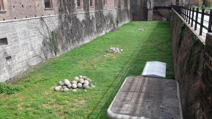 Замок Сфорца (Castello Sforzesco) 94204