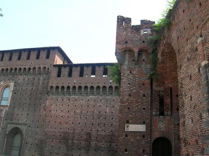 Замок Сфорца (Castello Sforzesco) 52756