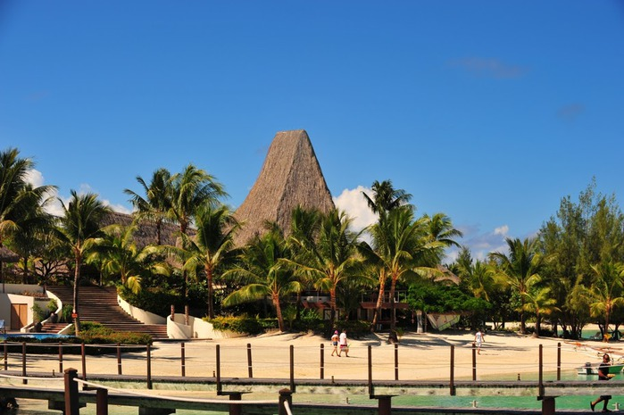 Остров Бора-Бора - жемчужина Тихого океана с перламутровой лагуной 59478