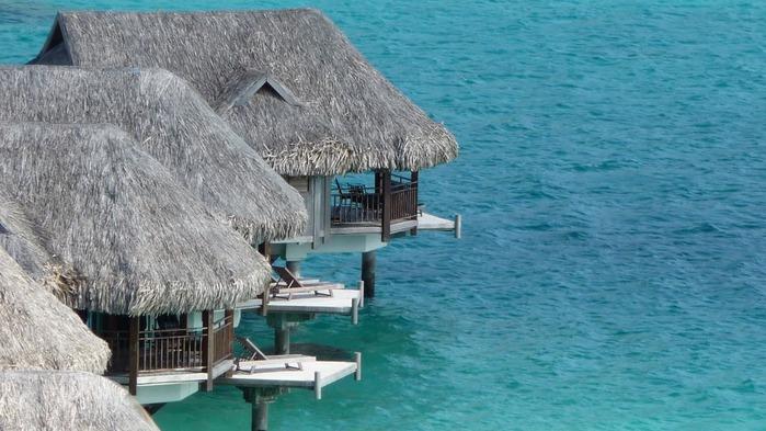 Остров Бора-Бора - жемчужина Тихого океана с перламутровой лагуной 55472