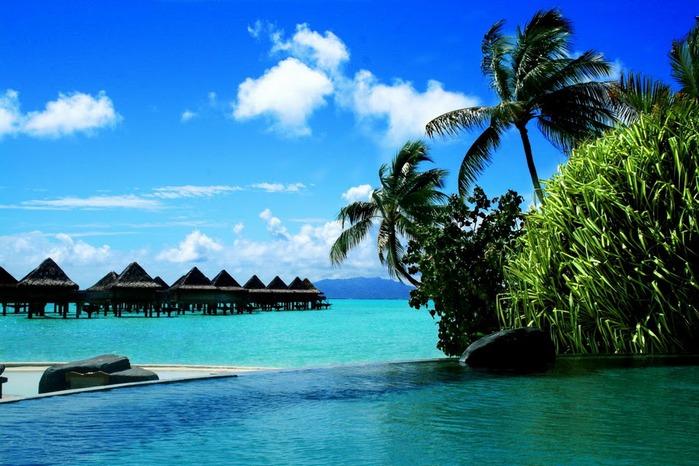 Остров Бора-Бора - жемчужина Тихого океана с перламутровой лагуной 67964