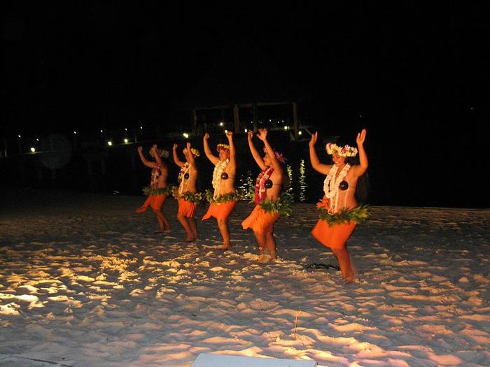 Остров Бора-Бора - жемчужина Тихого океана с перламутровой лагуной 35186