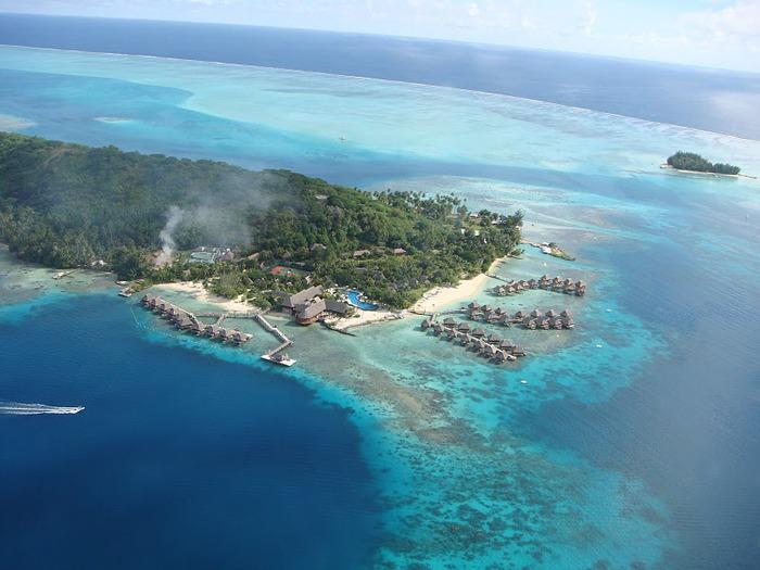 Остров Бора-Бора - жемчужина Тихого океана с перламутровой лагуной 30666