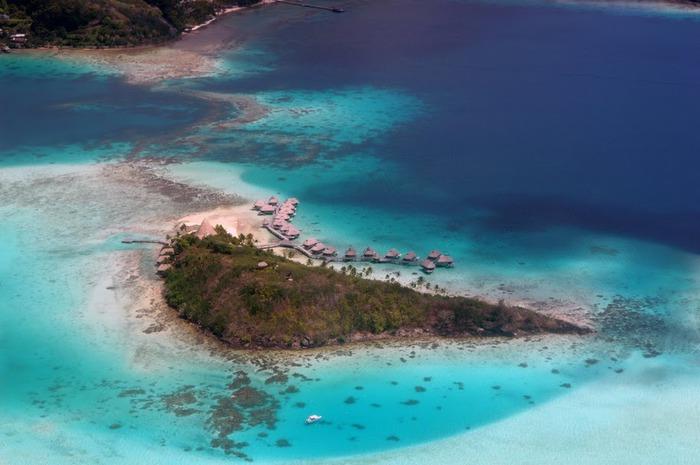 Остров Бора-Бора - жемчужина Тихого океана с перламутровой лагуной 26537