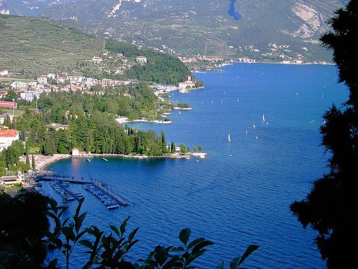 Озеро Гарда – cапфир в ожерелье озер Италии. 50829