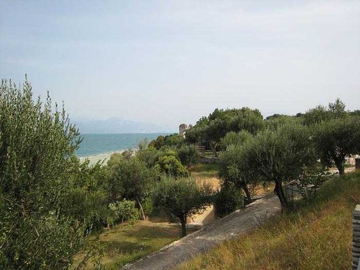 Озеро Гарда – cапфир в ожерелье озер Италии. 75304