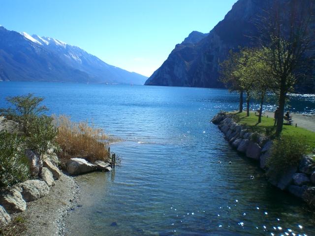 Озеро Гарда – cапфир в ожерелье озер Италии. 45552