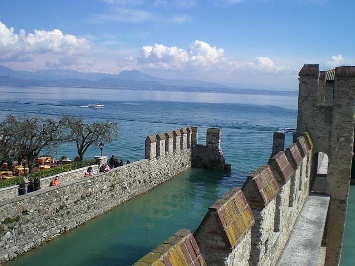 Озеро Гарда – cапфир в ожерелье озер Италии. 87199