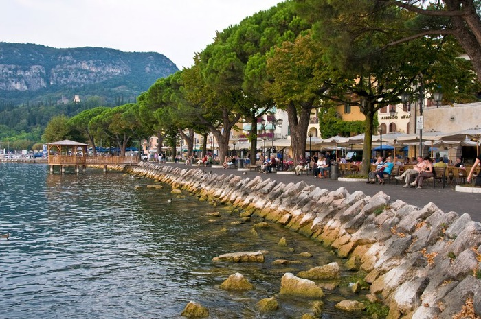 Озеро Гарда – cапфир в ожерелье озер Италии. 81799
