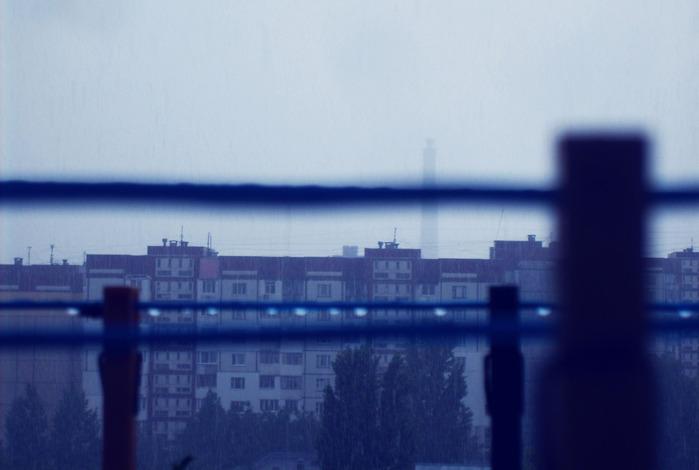 прищепки, балкон, кишинев ливень, дожди пасмурно