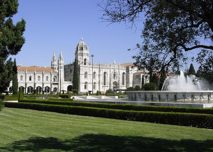 Монастырь Жеронимуш - жемчужина Португалии . 72751