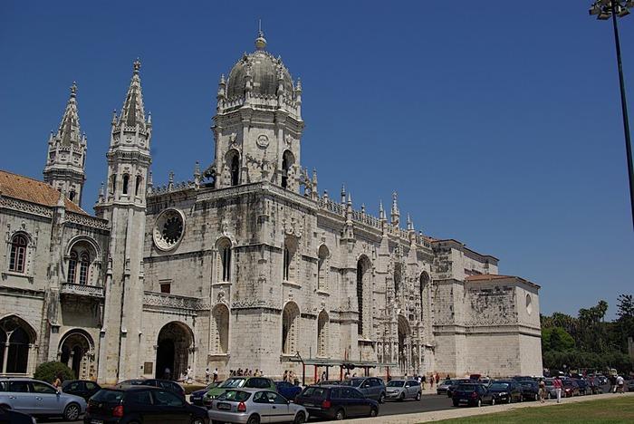 Монастырь Жеронимуш - жемчужина Португалии . 75303