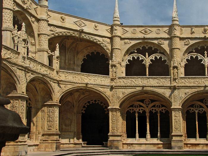 Монастырь Жеронимуш - жемчужина Португалии . 97595