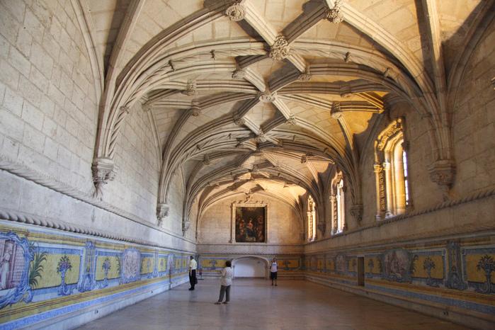 Монастырь Жеронимуш - жемчужина Португалии . 55181
