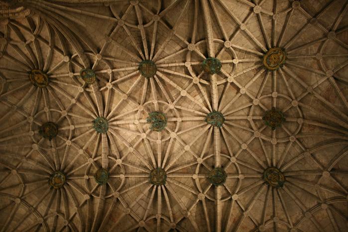 Монастырь Жеронимуш - жемчужина Португалии . 80219