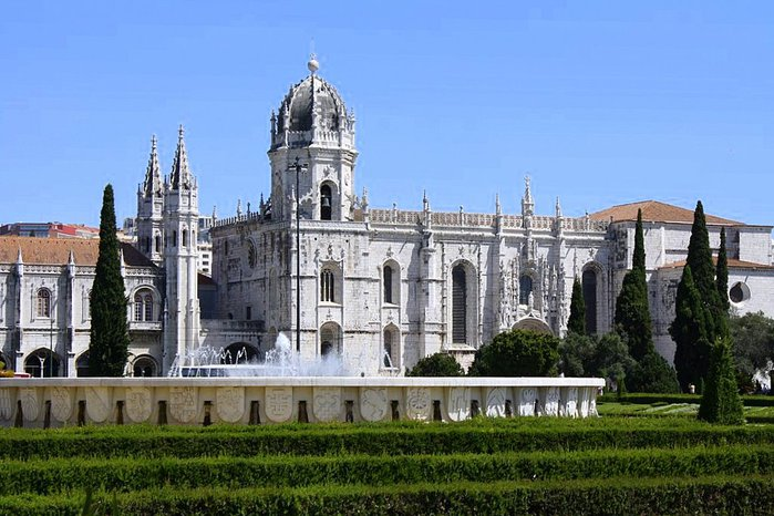 Монастырь Жеронимуш - жемчужина Португалии . 67322