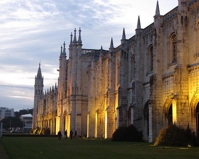 Монастырь Жеронимуш - жемчужина Португалии . 48444