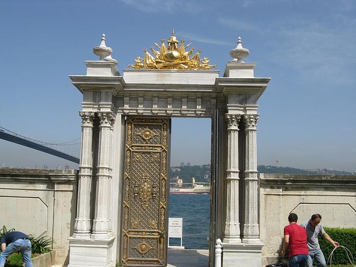 Дворец Бейлербеи (Beylerbeyi Palace) 50676
