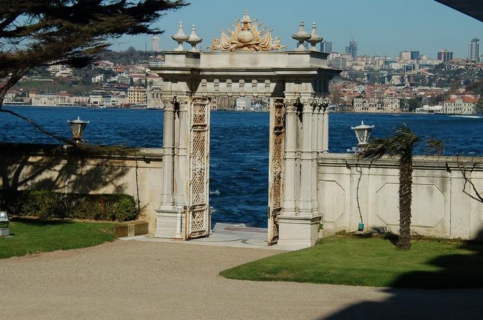 Дворец Бейлербеи (Beylerbeyi Palace) 89324