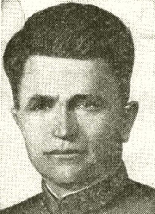 в 1941 году первым Героем