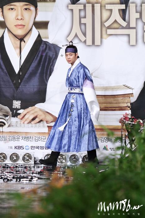 SungKyunKwan Scandal Пресс-конференция 62921279_riskyuibkk8