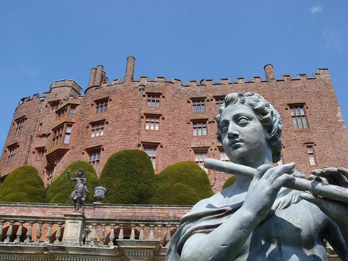 Замок Powis Castle, графство Поуис. 98906