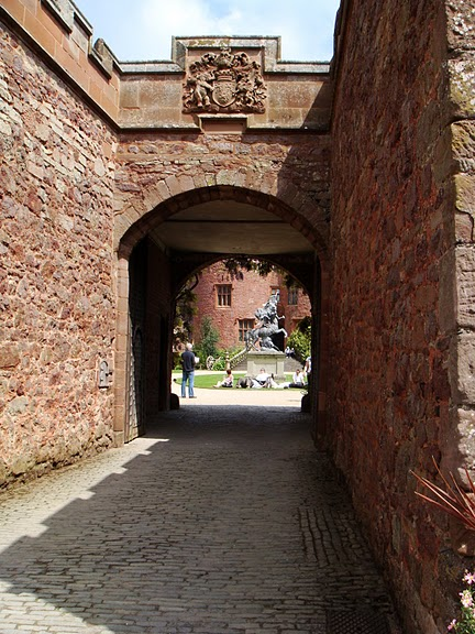 Замок Powis Castle, графство Поуис. 78032