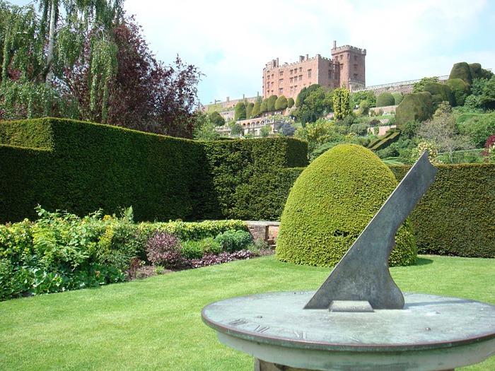 Замок Powis Castle, графство Поуис. 66983