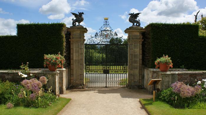 Замок Powis Castle, графство Поуис. 53450