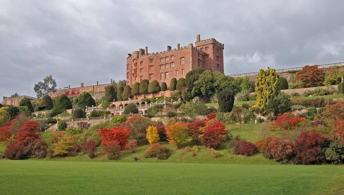 Замок Powis Castle, графство Поуис. 14497